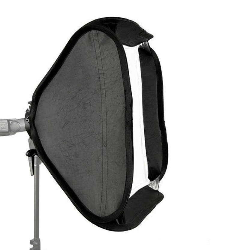 http://rawshop.vn/cdn/store/5058/psCT/20150916/1959700/Godox_smart_softbox_80x80cm_with_Godox_S_shape_adapter_(51f4lptkh2l__sl1000_).jpg